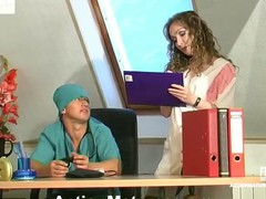 Curly older nurse luring a doctor into frantic fucking right on the table